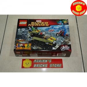 LEGO 76017 - Captain America vs. Hydra Image 1