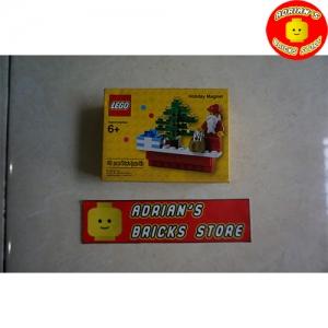 LEGO 853353 - Holiday Scene Magnet Image 1